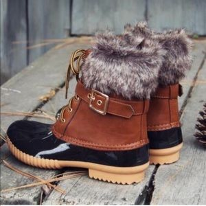 Shoes - Must Have Tan Duck Boots